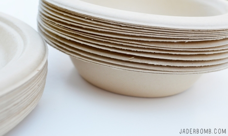 decorative-paper-plates-and-bowls